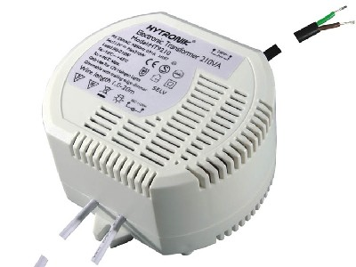 The MULTIPOINT Electronic Transformer type HT 9210 for 80-210W halogen lamps have a DC output.  The MULTIPOINT Electronic Transformer type HT 9210 can only used with Trailing Edge Electronic dimmers.  The MULTIPOINT Electronic Transformer type HT 9210 is suitable for a TA temperature of 40 degrees C and have lead wires for power-lines and output.  Step dimmable MULTIPOINT Electronic Transformers for halogen lamps are in progress.
